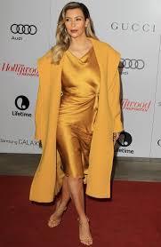 Red Carpet Entertainment Kim Kardashian Lights Up The Red Carpet In Yellow Thr U0027s 22nd