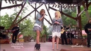 jolene performed by miley cyrus u0026 dolly parton hd with lyrics