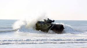 amphibious vehicle marines aav marines hit the water u003e the official united states marine