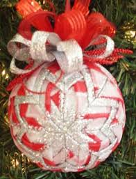 beautifull ways to quilted ornaments happy