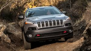 jeep wrangler stanced 2014 jeep cherokee u0027s revamped looks get slammed to chrysler u0027s