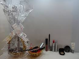 Makeup Gift Baskets Beauty Make Up Sets Find Offers Online And Compare Prices At