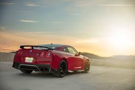 nissan gtr usain bolt 2017 new york the nissan gt r marches on with a new track edition