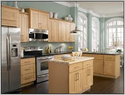 Kitchen Paint Colours Ideas Kitchen Paint Colors With Honey Maple Cabinets Kitchen