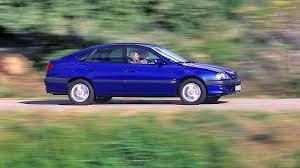 toyota worldwide toyota avensis hatchback worldwide 1997 2000 youtube