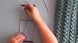 hairpin lace loom how to crochet hairpin lace tutorial the crochet crowd