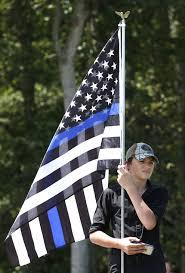Va Flag Courthouse Removes Now Controversial Flag Local Eugene Oregon