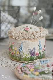www pinterest com in love with this pin cushion by nadia sinkevich who has