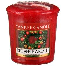 yankee candles apple wreath candles shop uk