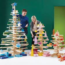 alternative wooden christmas tree by timbatree