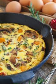 thanksgiving breakfast frittata running to the kitchen