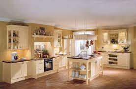 kche mit kochinsel landhausstil küche landhausstil creme rheumri