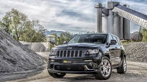 jeep front view download 1366x768 jeep grand cherokee srt8 front view wallpaper