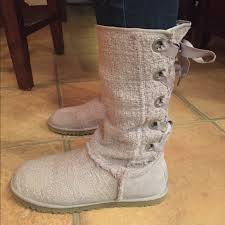 womens ugg boots size 10 64 ugg shoes ugg australia heirloom lace up boots size 10