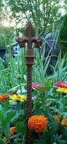 Metal Bugs Garden Decor Best 25 Rusty Garden Ideas On Pinterest Garden Ideas Using Junk