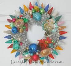 Christmas Decorations Using Light Bulbs by Best 25 C9 Christmas Lights Ideas On Pinterest Christmas Light