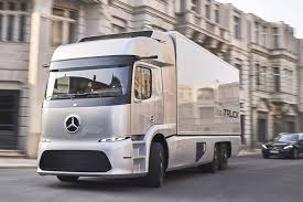 mercedes commercial trucks mercedes reveals electric autonomous trucks commercial