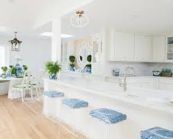 what color kitchen cabinets stay in style top 10 kitchen trends with staying power cliqstudios