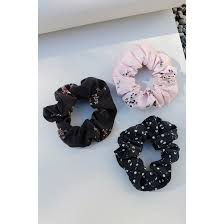 hair scrunchie 80s hair scrunchies are a trendy comeback