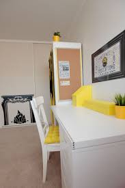 harry potter desk decor hufflepuff bedroom design ideas harry potter hogwarts hufflepuff