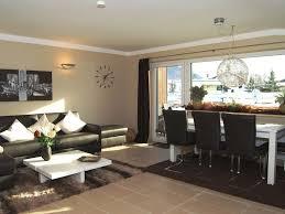 Wohnzimmer Mit Vielen Fenstern Einrichten Luxusapp Geigenbühel I Fewo Direkt