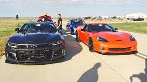 camaro zl1 vs corvette z06 half mile shootout 2017 camaro zl1 vs c6 corvette z06 camarosix