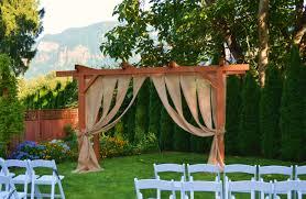 arbor wedding venues wedding arbor burlap curtain cape horn estate wedding venue