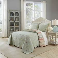 shabby chic bedding 20 off quilts comforters u0026 duvet covers
