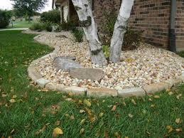 Weilbacher Landscaping Installation of Mulch Decorative Rock