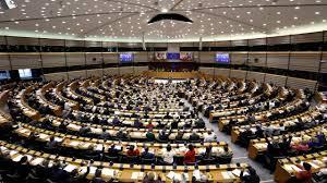 parlement europ n si e le parlement européen demande de réimposer des visas aux américains