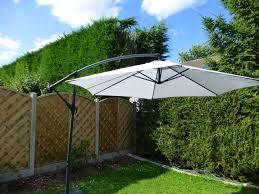 Ebay Patio Umbrellas by Garden Umbrella Create Shade Add Comfort For Garden Party