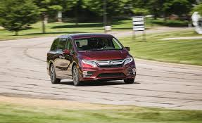 comments on 2018 honda odyssey 10 speed automatic car and