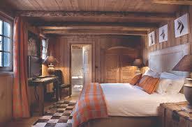 chambre chalet chambre deco chambre chalet montagne le chalet des fermes location