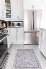 laminate kitchen cabinets kitchen awesome diy painting kitchen cabinets painting laminate