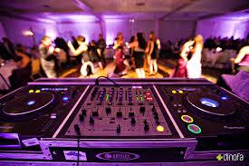 wedding djs matt black synergetic sounds wedding dj critics choice catering
