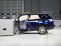 subaru outlander 2014 2014 mitsubishi outlander driver side small overlap iihs crash