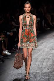 Erdem Spring 2016 Ready To by Valentino Spring 2016 Ready To Wear Fashion Show Spring Supreme