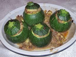 cuisiner des courgettes rondes petites courgettes rondes farcies 3 5 pts une fille au régime