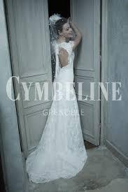 robe de mari e pr s du corps robe de mariée fluide près du corps en dentelle avec dos nu
