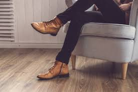 urbanebox online styling service for men and women clothing club mens shoes tips step up your shoe game online styling service