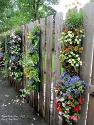 Backyard Fence Decorating Ideas Best Fence Decorations Ideas On Privacy Fence Backyard Fence