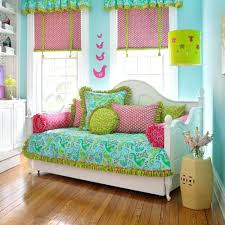 Green Bedding For Girls by Day Bed Quilts U2013 Boltonphoenixtheatre Com