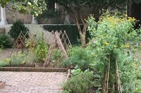 black gold classic garden trellising