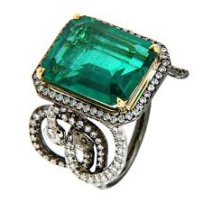 emerald emerald may u0027s birthstone the jewellery editor