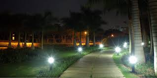 solar path lights reviews best rated solar powered pathway lights 2018 top 9 reviews