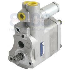 pump auxiliary hydraulic 1663627m92 1686766m91 1869458m92