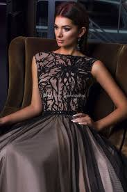 design abendkleider großhandel schwarze spitze wulstige a linie meerjungfrau