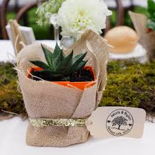 unique wedding favor ideas wedding favors will use popsugar smart living