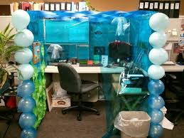 Office Desk Decoration Themes Office Diy Cubicle Decorating Ideas Trellischicago Along With