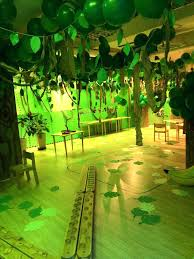 jungle themed birthday party jungle decoration ideas drone fly tours